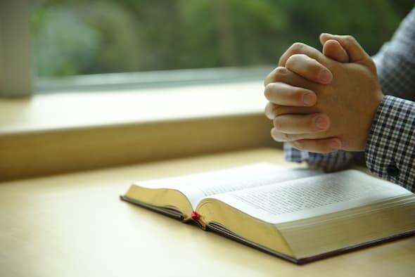 禱告依靠神